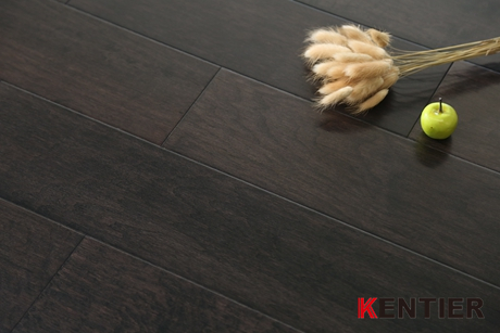 M1813-Oak Engineered Flooring with Handscraped Treatment To Show You An Antique Feeling